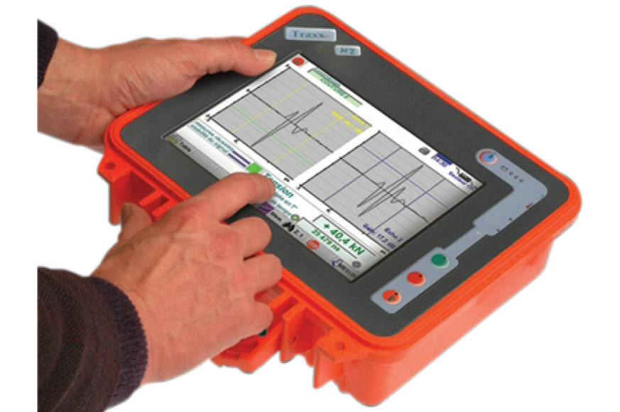 Système de mesure de la tension de serrage de vis : le TRAXX-M2